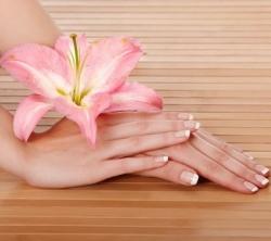 Как сохранить красоту рук